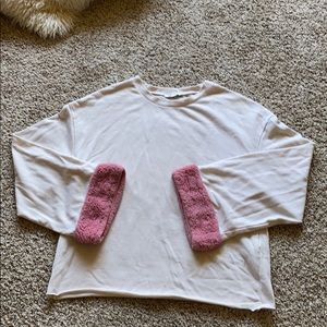 Light pink knit long sleeve shirt